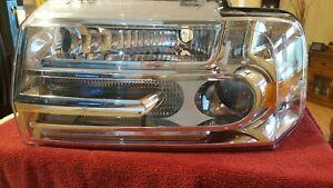 Headlight assembly 07-14 Lincoln Navigator