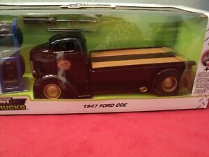 Jada 1947 Ford COE Flatbed 1:24 Scale with extra wheels in box 2021 release