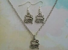 *US* I LOVE CHEER EARRINGS NECKLACE SET Cheerleading Sports Heart Silver Charm