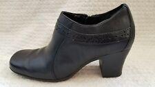 Clarks Women's Size 6 Black Ankle Booties Leather Zipper Square Toe Block Heel