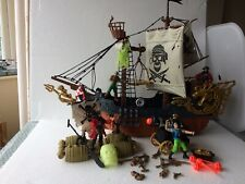 Large pirate ship Bundle True Heroes