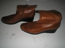 Clarks ladies real leather tan calf boots with wedge heel size 5 BNWOT