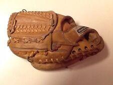 """Marquis 2400 Baseball Glove 11"""" LHT"""