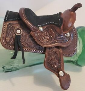 """Miniature Toy Leather Tooled Horse Saddle 4.5"""" x 3.5"""" x 3"""" Great Condition"""
