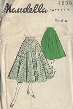 1950s Vintage Sewing Pattern SKIRT W30 (1000)