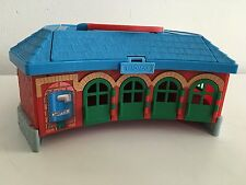 Thomas & Friends Train Take Along n Play Tidmouth Shed Roundhouse Station