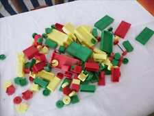 JOUET ANCIEN BRIQUES DE CONSTRUCTION STYLE LEGO PIERRES MAGIQUES OU SIMILAIRE