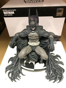 DC Collectibles Batman Black and White Statue by Marc Silvestri Damaged Read