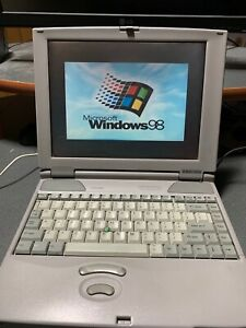 Toshiba 220CDS Laptop with Windows '98