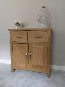 Light Oak Mini Sideboard / Small 2 Door Cupboard / Regal Modern Cabinet Hallway