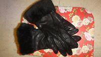 Ladies Black Leather St Michael Gloves. Vintage Stock Size M