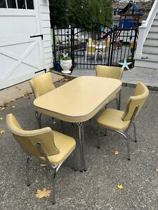 RETRO Yellow  CHROME DINETTE 4 DINING CHAIRS & TABLE SET