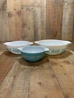 3 Vintage Pyrex Cinderella Mixing/Nesting Amish Butterprint Bowls
