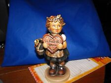 Hummel Goebel Collectors Club Exclusive Edition No.1 girl figurine 1972 #387
