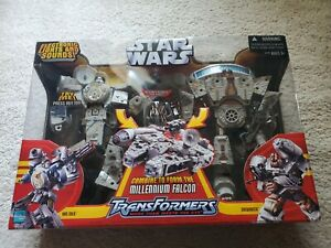 Star Wars Transformer HAN SOLO & CHEWBACCA Action Figure Large Millennium Falcon