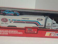 Racing Champions pontiac #44 sTp 1:64 Team Transporter 1991