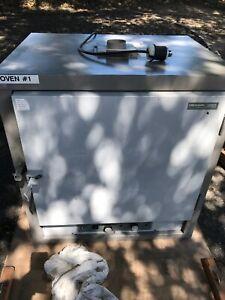 VWR Scientific 1370 F Oven