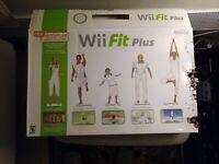Nintendo ~Wii Fit Plus CD~ W ~Balance Board Bundle  Nintendo Wii ~ Original Box~