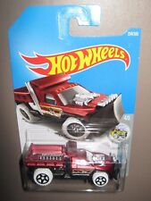 Hot wheels So plowed Red metallic 224/365 mint boxed 2015 H W snow stormers 4/5