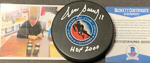 Denis Savard Blackhawks Auto Signed HALL OF FAME Puck BECKETT COA HOF 2000 ~