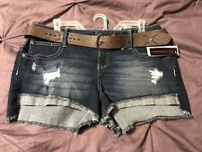 No Boundaries Distressed Jean Shorts With Belt, Size 15