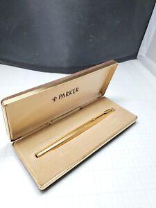 Nice Gold Parker 180 Fountain Pen -  Medium Nib - 585M