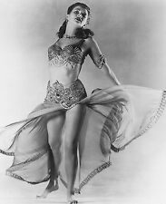Yvonne De Carlo Unsigned 8x10 Photo (25)
