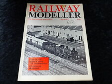 Railway Modeller Magazine April 1971 Eastbourne Porters Hut G.W.R Locomotives