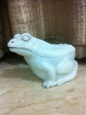 VALLERYSTHAL 19c FROG COVERED MILK GLASS BUTTER DISH ANTIQUE OPALINE TRINKET BOX