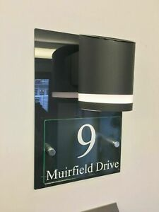 MODERN HOUSE SIGN PLAQUE DOOR NUMBER STREET GLASS EFFECT DARK GREY SOLAR LIGHT