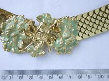 reizvoller Schuppen-Gürtel mit  vergoldeter Schließe, Pflanzen-Motiv