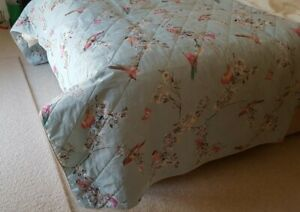 Dunelm BEAUTIFUL BIRDS Duck Egg Blue KING Size Quilted Reversable Bed Cover