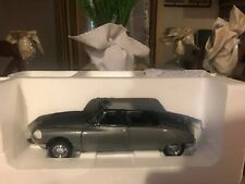 Rare New1:18 Diecast The Platinum Collection Citroen DS 19 Cabriolet By SunStar