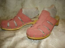 Women's UGG 1680 Clogs Mules Pink Leather Slip On Size 7