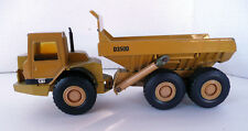 ERTL DIE CAST D3500 CATERPILLAR ARTICULATED CAT DUMP TRUCK JOINTED MOVING PARTS