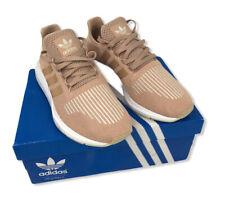 adidas Originals Women's Swift Run Shoes, Size: 8.5 Ash Pearl