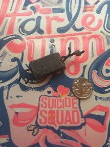 Hot Toys Suicide Squad Harley Quinn Brick Accessory loose 1/6th scale