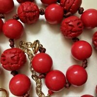 """Vintage Chunky Carved Cherry Red Lucite Beaded Necklace --56.2g- 19"""" long EUC"""