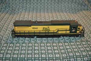 BACHMANN C&NW C40-8 8542 In Wyoming Centennial Paint Diesel Engine Locomotive