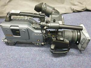 Sony DSR-570WSP DVCam Widescreen Camera INC Canon Servo Lens attached & Bag