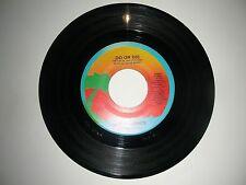 Disco  45 Grace Jones - Do Or Die / Comme Un Oiseau Qui S'Envole  Island VG 1978