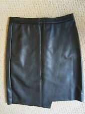 WOMENS H&M BLACK FAUX LEATHER BACK ZIPPER NICE FITTING SKIRT SIZE 8 US/ 38 EUR