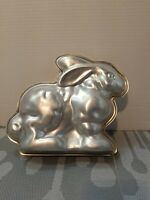 VTG 2 pc Wilton BUNNY MOLD cake pan 3D RABBIT metal baking tin EASTER Cake