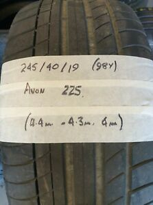 245 40 19 (98Y) Avon ZZ5 Part Worn Tyre