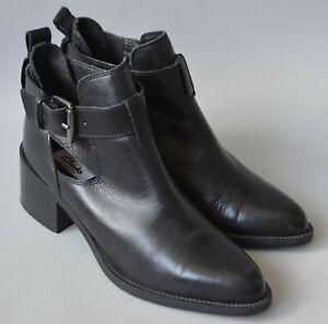 Ladies Clarks Narrative Black Leather Ankle Boots Size UK 4 D