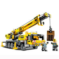 665pcs Engineering Truck Crane Vehicles Building Blocks with Figures Toys Bricks