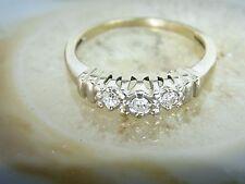 10k White Gold 0.12 Diamond Vintage RING Size: 6.75 Three Stone