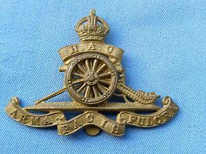 The Honourable Artillery Company cap badge,.