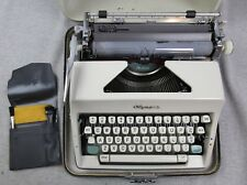 Vintage Olympia Deluxe SM-9 1966 Manual Typewriter Case made in Germany