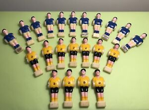 VINTAGE 1950-60's 22 BLUE AND YELLOW SET TABLE FOOTBALL PLAYER FOOSBALL SOCCER
